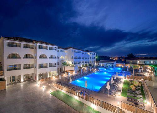 Azure Resort 5*