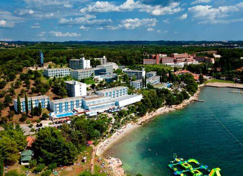 Plavi Hotel 3*