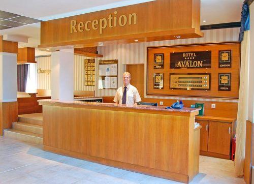 Avalon 4*