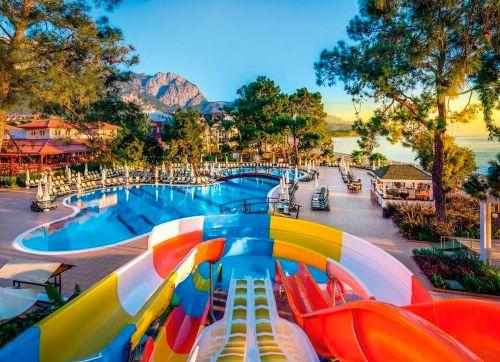 Crystal Aura Beach Resort & Spa 5*