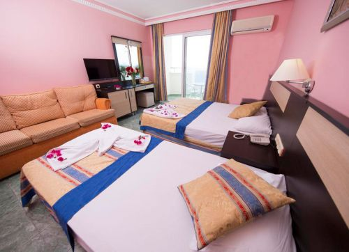 First Class Hotel 5*